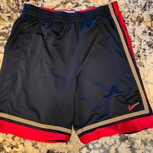 Men's Nike reversible basketball shorts